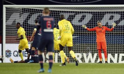 PSG evinde Nantes'a yenildi