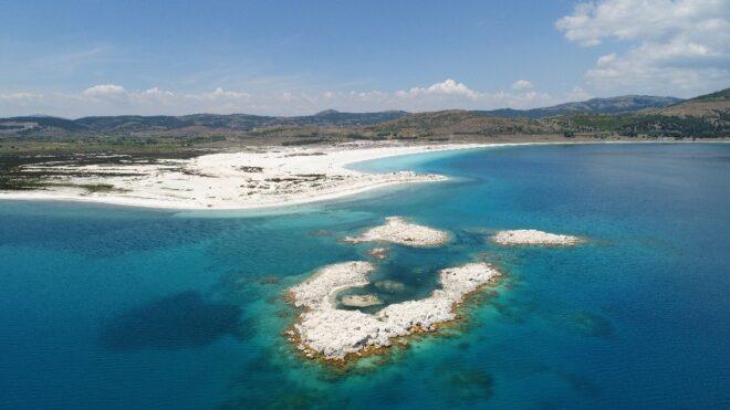 Sümer Ezgü: Salda Gölü geleceğe miras kalmalı