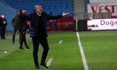 """Trabzonspor'da Abdullah Avcı maç sonu sinirlendi! """"Rize'de neden verildi?"""""""