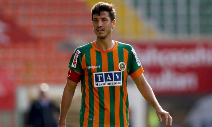 Beşiktaş Salih Uçan'a teklifini sundu