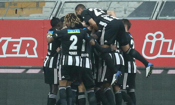 Beşiktaş'tan Galatasaray'ın stadında kupa kaldıracağı iddiasına cevap